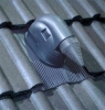 Uniwersalna przejściówka dachowa dla systemów solarnych
