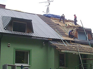 Naprawa pokryć dachowych w dobrej cenie